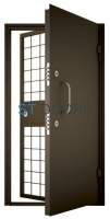 Дверь в комнату хранения наркотических средств (КХНС)